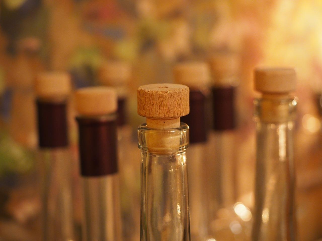 garrafas-com-rolhas