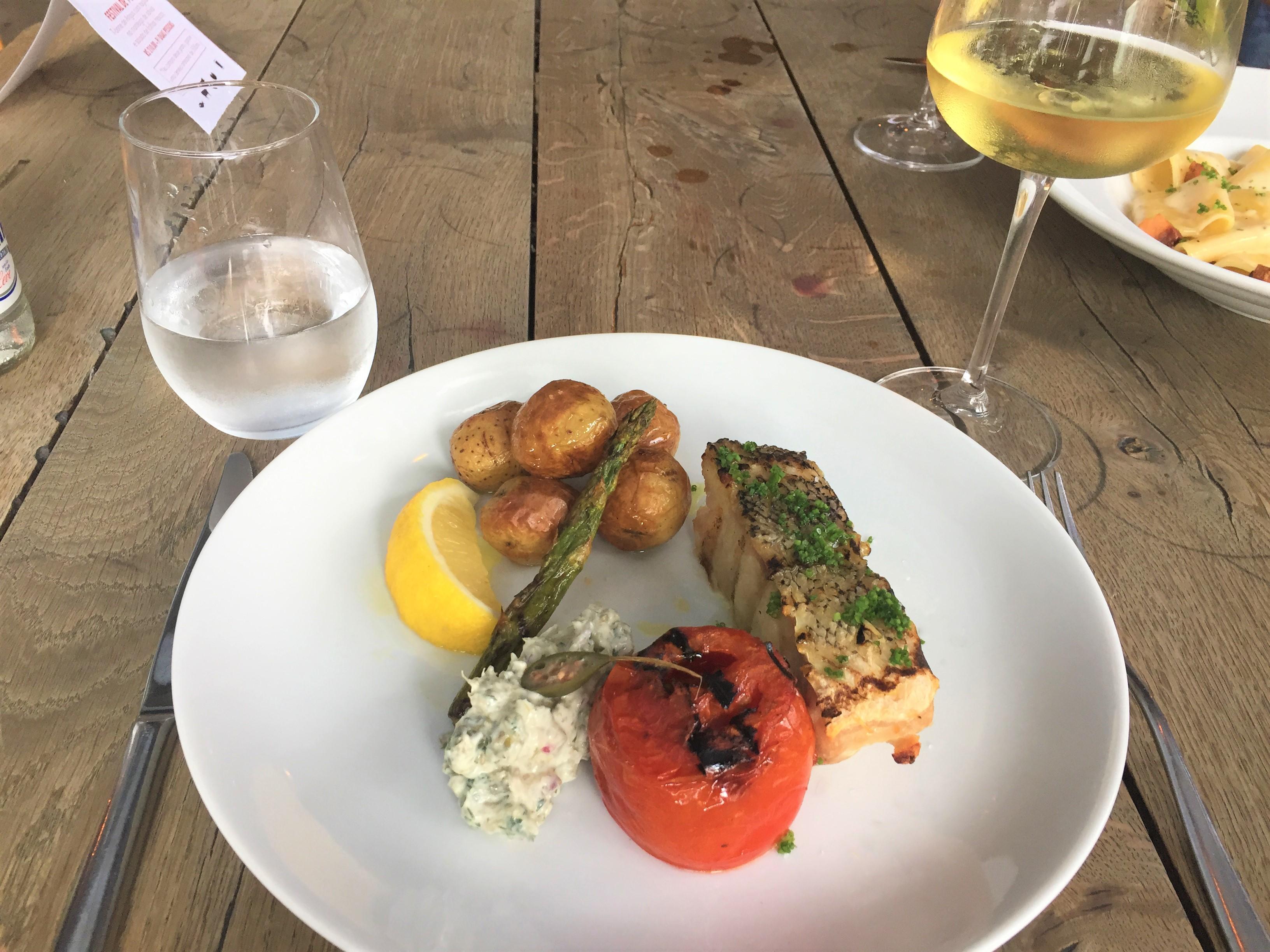 Harmonização peixe e vinho branco