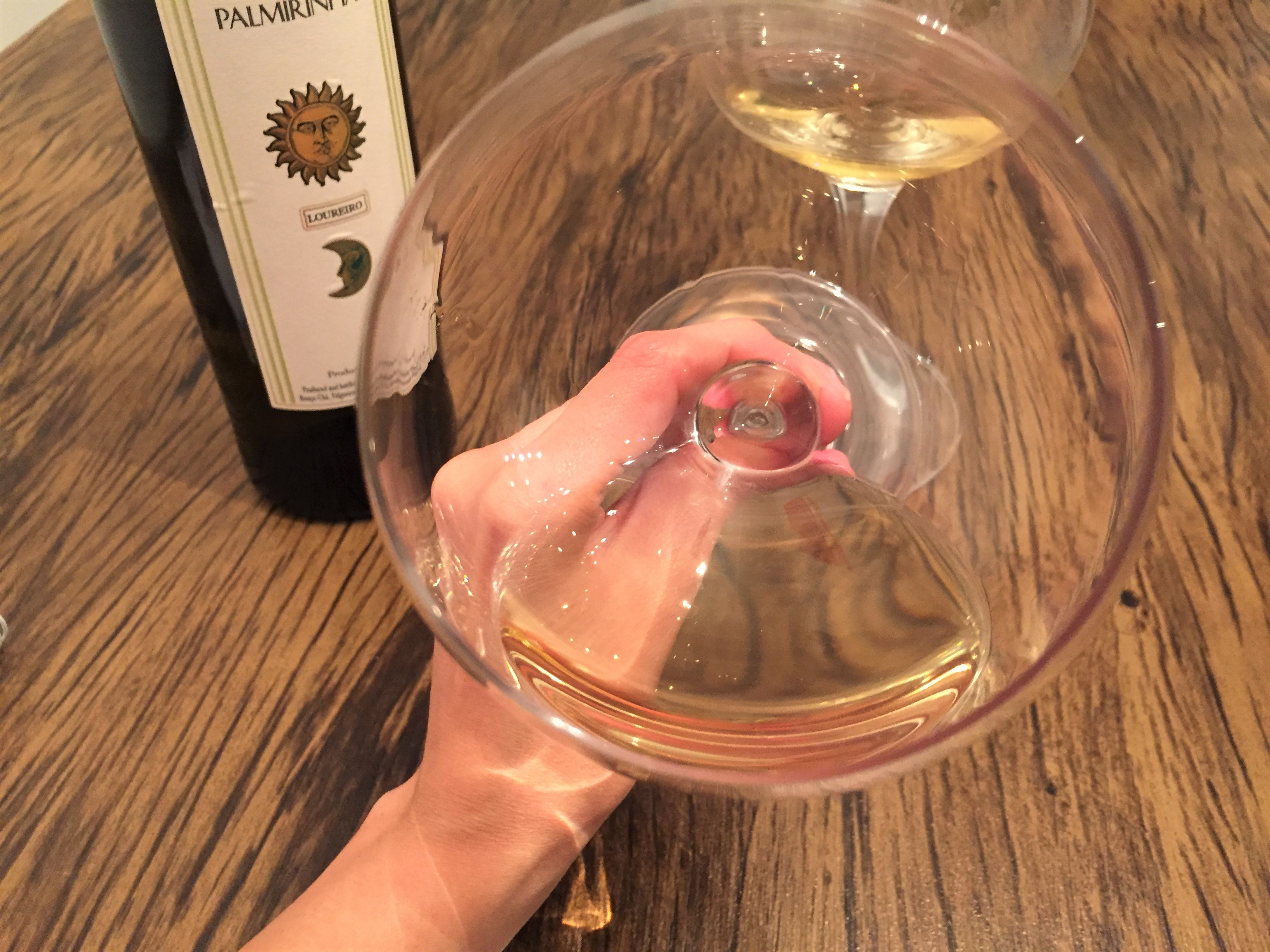 Palmirinha vinho branco natural