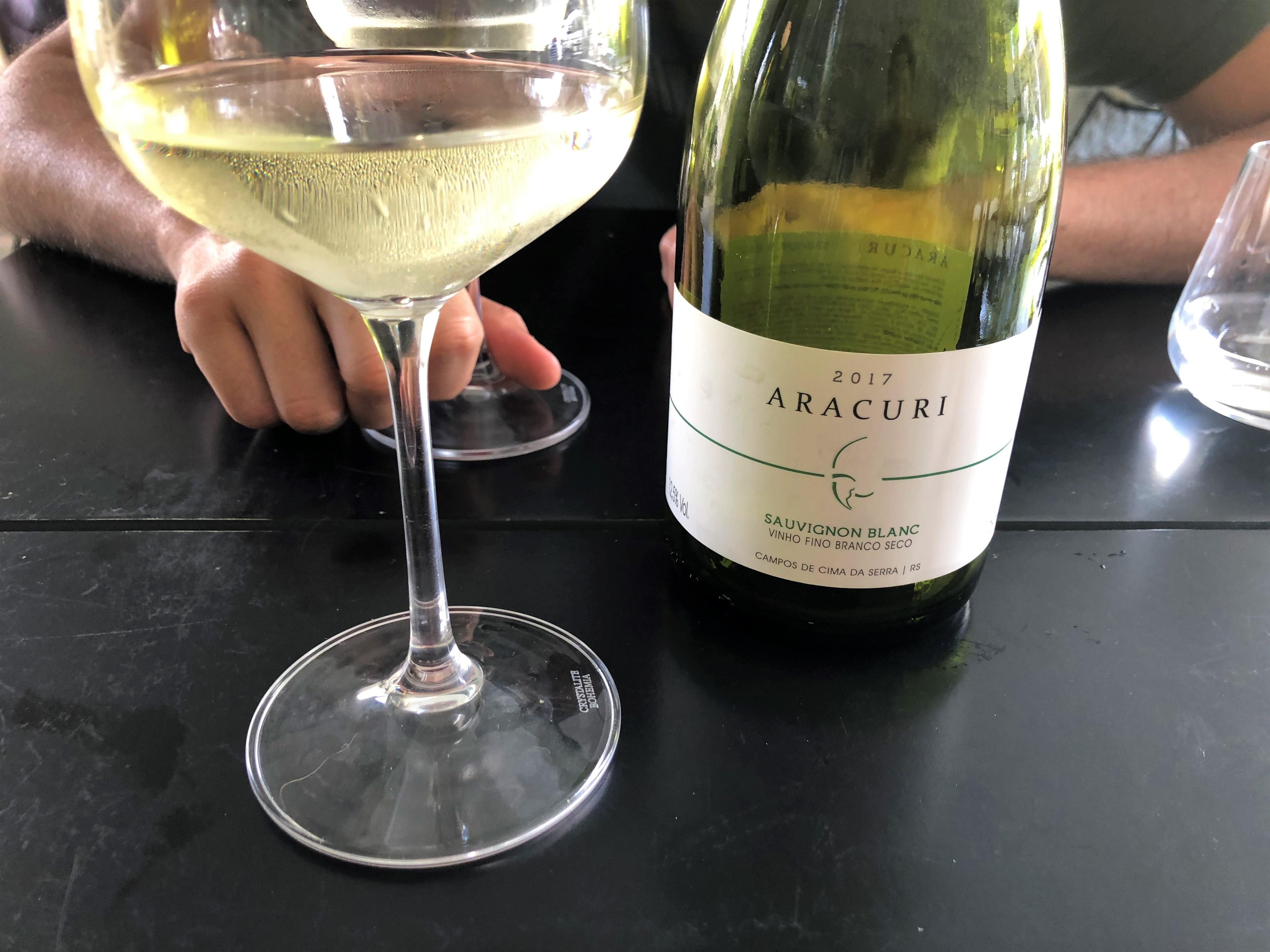 vinho branco Aracuri Sauvignon Blanc 2016