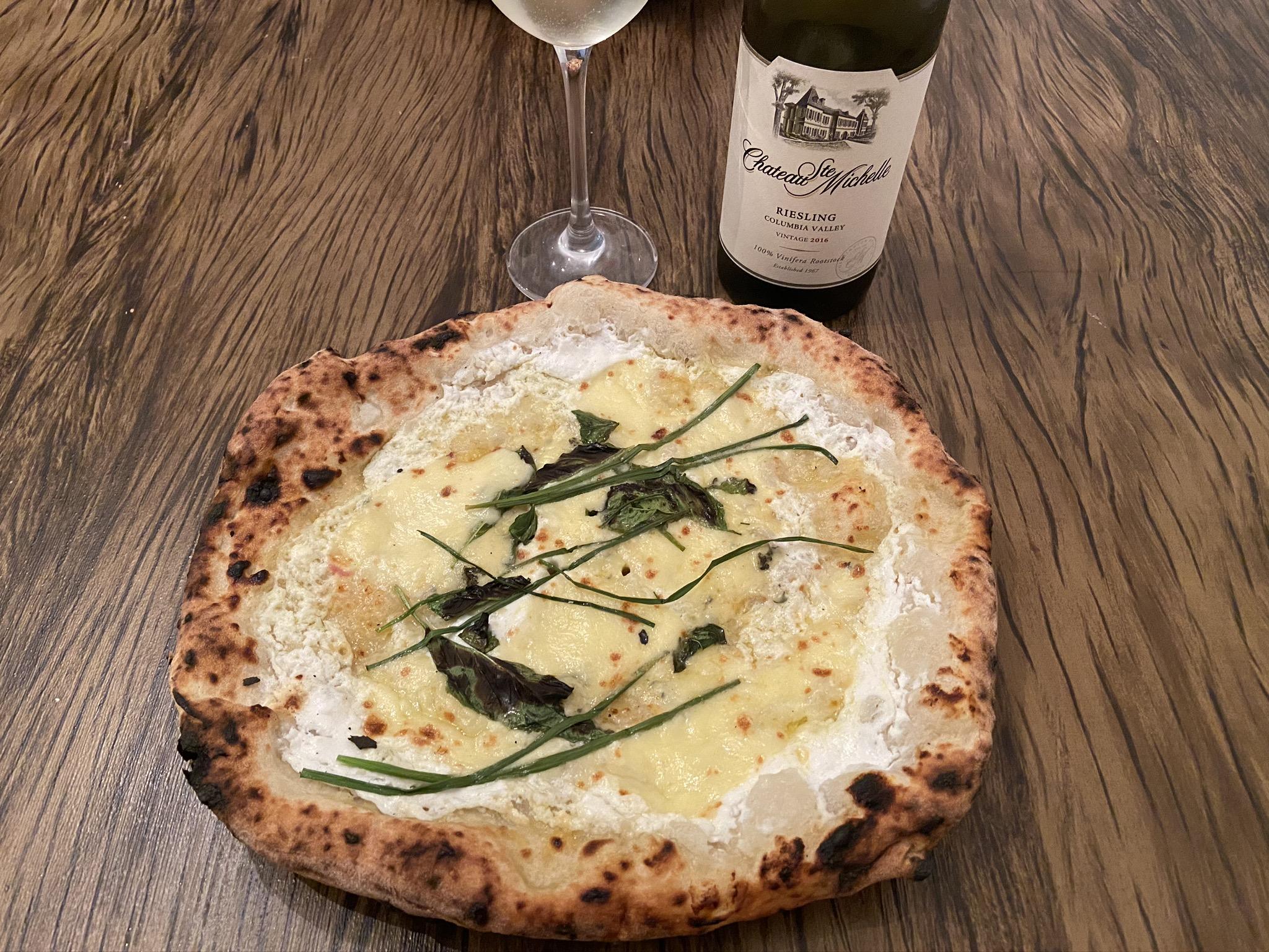 Vinho branco pizza harmonização